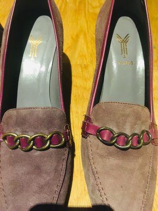 Zapatos morados Yanko