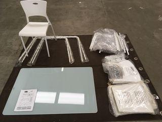 Juego de mesa y cuatro sillas para jardín