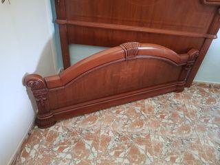 se vende cabeceros d cama de 1.35 cm como nuevas