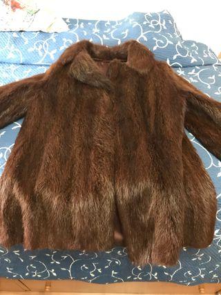 Abrigo chaquetón de nutria