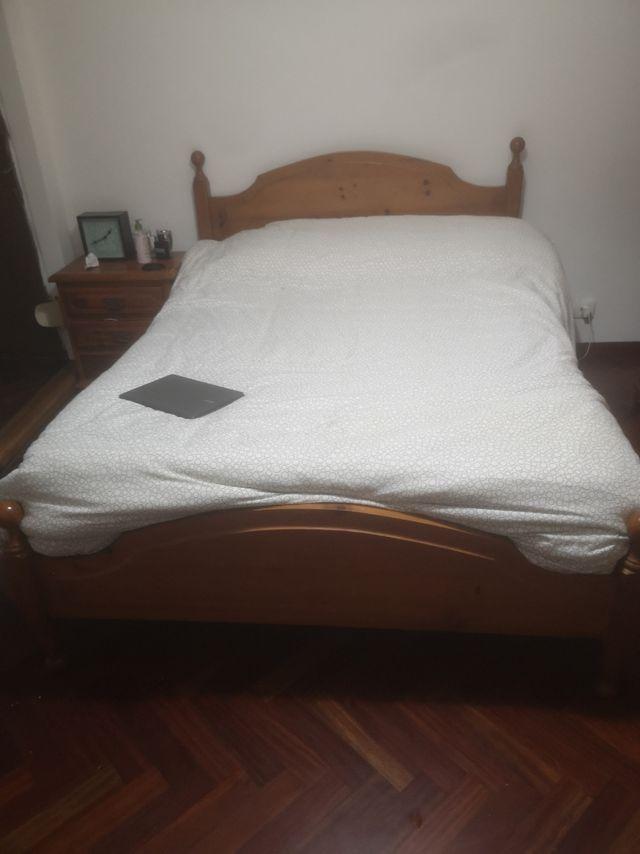 Dormitorio, habitación completa. madera maciza