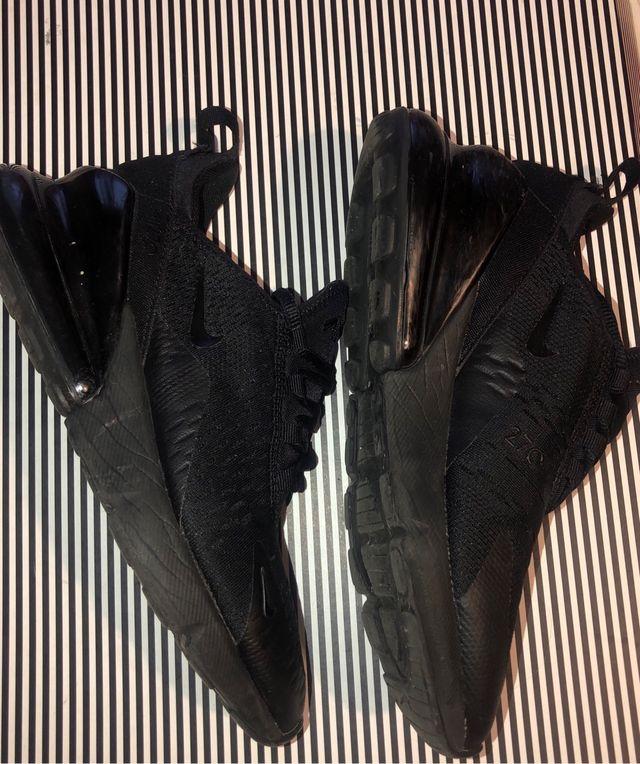 Mercado motor Acusación  Bambas Nike 270 Negras de segunda mano en Barcelona en WALLAPOP
