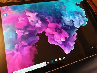 Surface pro 6 i5 8k