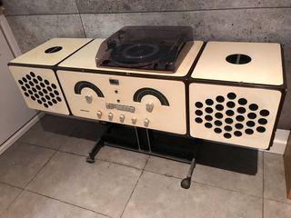 Mueble Equipo de música italiano años 60