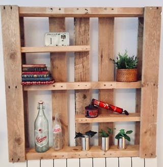 estanteria jardin vertical madera palet industrial