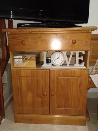 muebles salón madera de pino