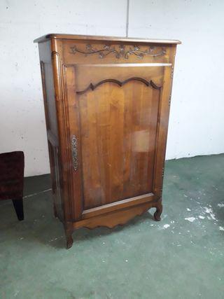 Mueble armario botellero vintage