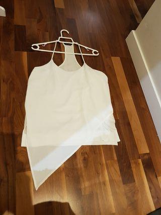 camiseta blanca muy original Massimo dutti