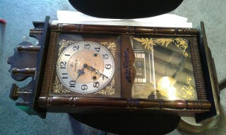 Reloj antiguo de pared 25€