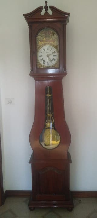 Reloj de pared antiguo Morez