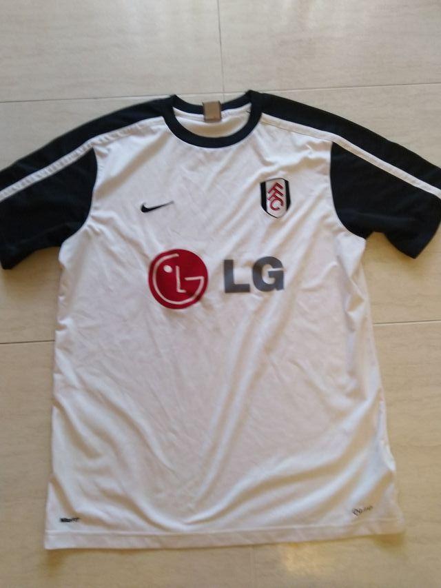 Fulham camiseta oficial