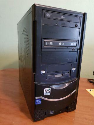 Ordenador AMD Athlon X2 4400+ / RAM 2GB / DD 200