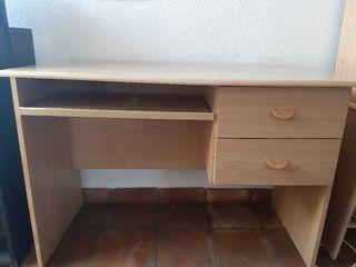 mesa,de escritorio regalo de papelera porta folios