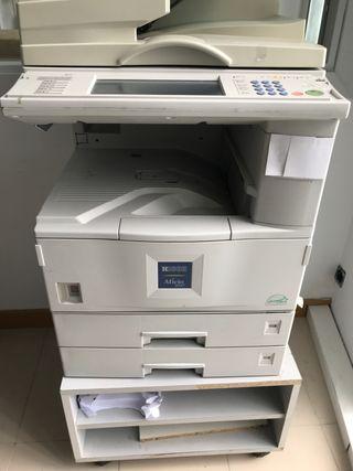 Fotocopiadora Ricoh Aficio 2027