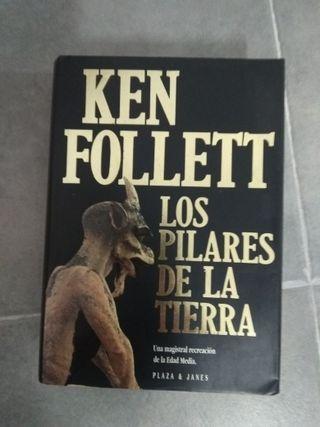 Novela de Ken Follett -LOS PILARES DE LA TIERRA