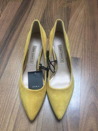 Zapatos tacón medio Zara