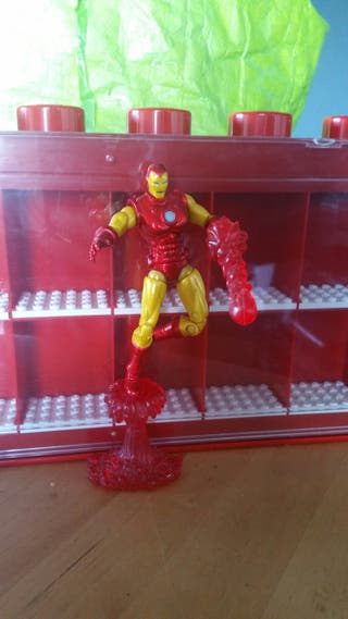 IRON MAN Marvel Universe Hasbro 2010