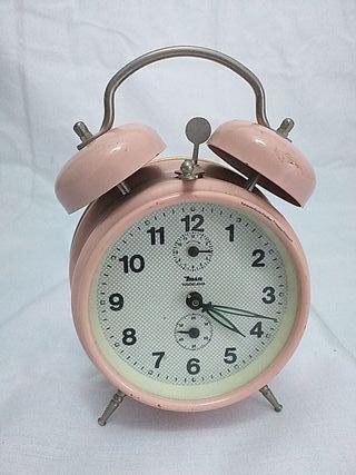 Reloj de Cuerda Antiguo funciona estado Original.
