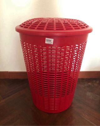 Cesto plástico para la ropa 45x57 cm