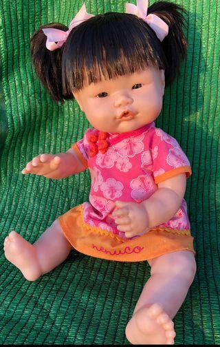 Muñeca nenuca Chinita oriental