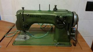 Máquina de coser Refrey transforma(ESCUCHO OFERTAS