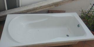 bañera de fibra de vidrio