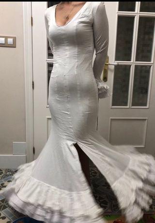 Traje de flamenca talla 36-38 más manton