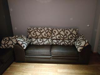 Conjunto de sofás de tres y dos plazas