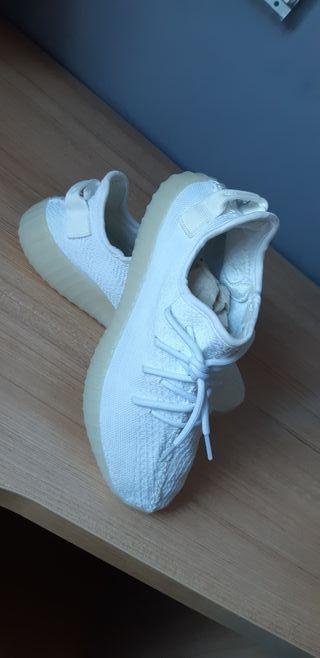 Zapatillas Yeezy blancas