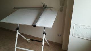 Mesa tablero de diseño.