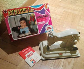 Máquina de coser Annabella años 70