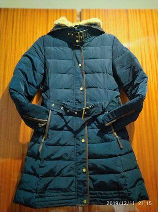 abrigo Plumífero zara costó 90€