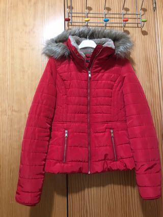 Abrigo plumas rojo Xs