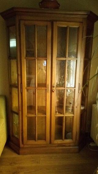 vitrina anticuario