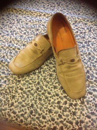 Zapatos BARRATS ante en buen estado. Urge venta