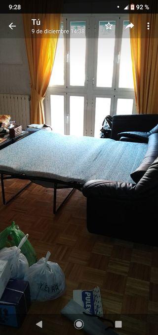 LIQUIDACIÓN sofa-cama negro piel sintética