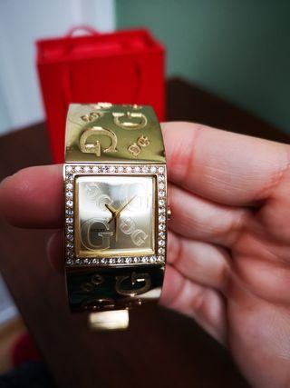 reloj chica guess