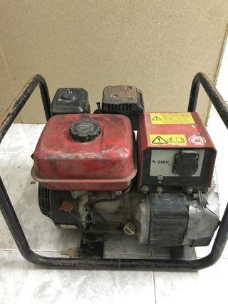 Generador eléctrico a gasolina.