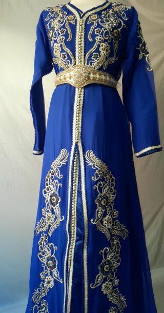 Caftan, Takchita, robe árabe