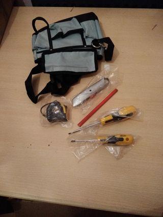 bolsa riñonera con herramientas