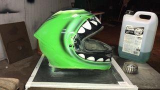 Pinto cascos de moto, accesorios, motos..