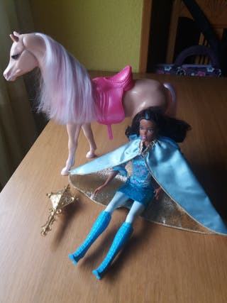 Caballo barbie y muñeca