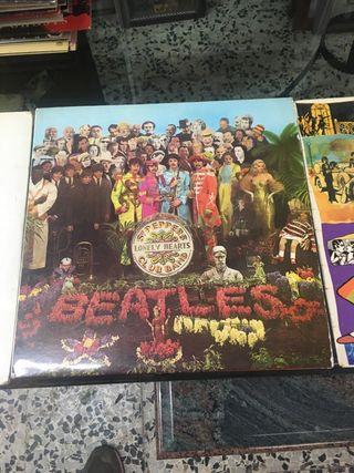 3 vinilos de los Beatles