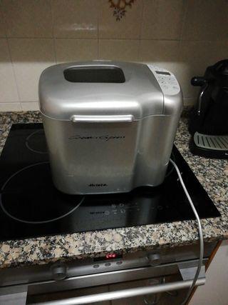 aparato de cocina Ariete.