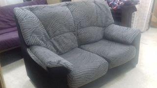 Sofa de 2 plazas ligero y cómodo