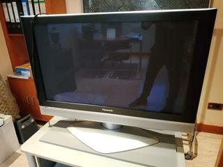TV Panasonic con TDT externo Modelo TH42PA50E 43``
