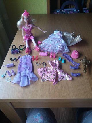 Barbie más complementos