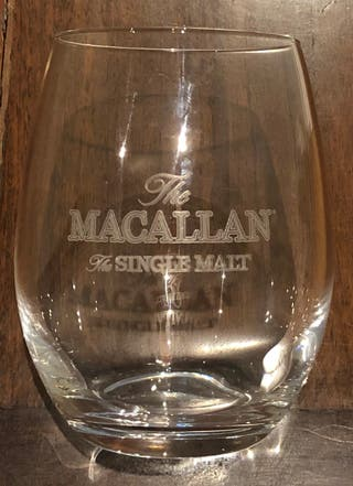 33 verres whisky ou eau MacAllan forme oblongue