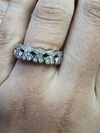 anillo tous oro blanco brillantes