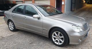 Mercedes-Benz Clase C200cdi 2004